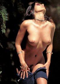 Leona full of erotica