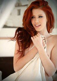 Naked redhead girl Elle Alexandra