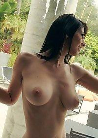 Karina White Strips Her Lingerie