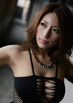 Nami Hoshino Glamorous Asian Beauty