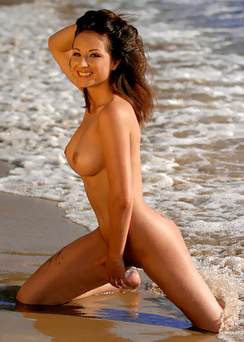 Merc Beaches Free Nude Babe